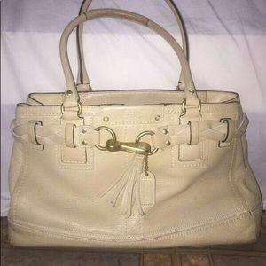 Hand bag coach